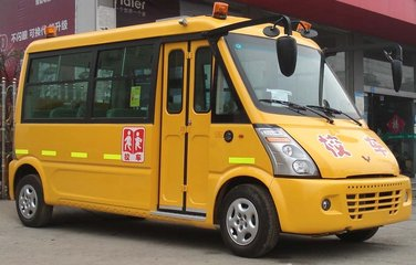 面包车大货车和校车 这三类车郑州交警要重点整治