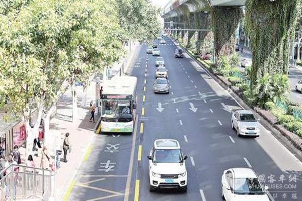 """厦门:首条公交专用道周五""""上线"""",校车准许驶入"""